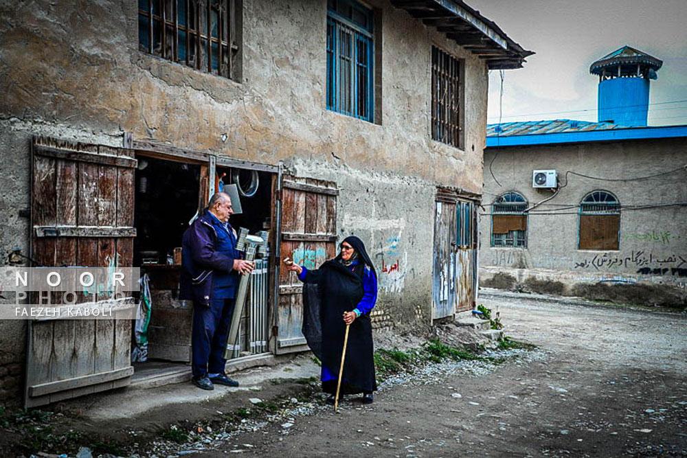 گفتگوی حاج آقا دایی با زن روستایی